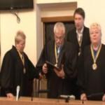 Суд над сельским головой в Черновицкой области в деле рекордного взятки перенесли