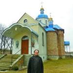 Священник с Тернопольщины сплотил украинскую православную общину на Волыни