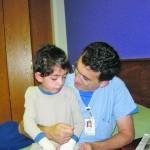 Операция по отделению руки, приросшей к телу, длилась 17 часов!