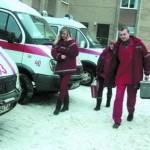 До пациента пешком, сквозь снежные сугробы…