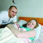 Рядом с кроватями для мам – кровати для пап…